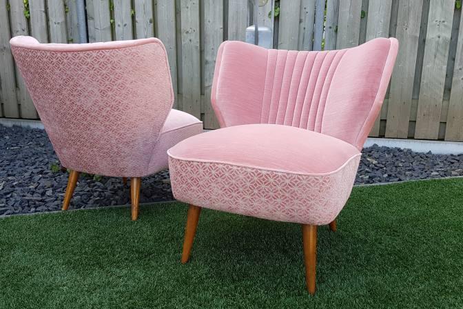 gave vintage cocktail fauteuils in oud rose sfeerderij. Black Bedroom Furniture Sets. Home Design Ideas